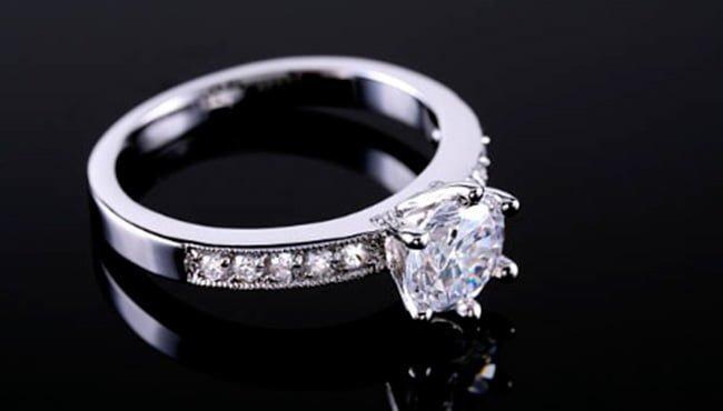 como debe ser el anillo de compromiso